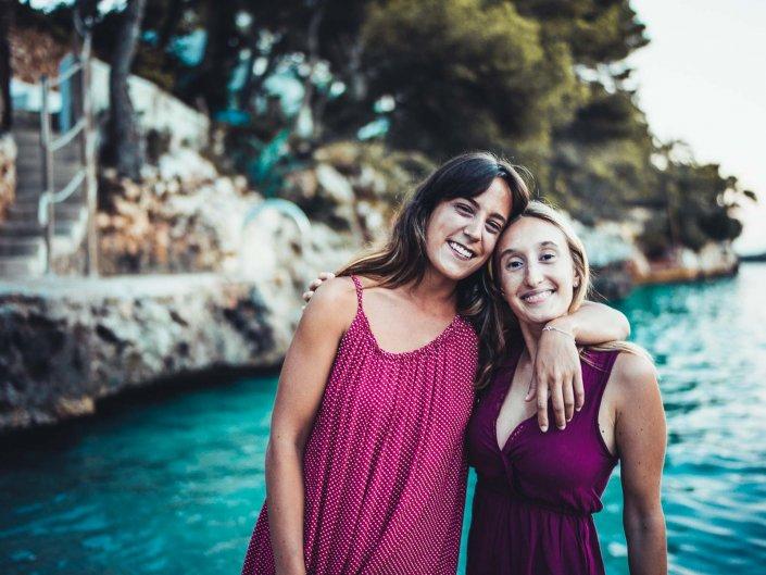 Laura & Clara